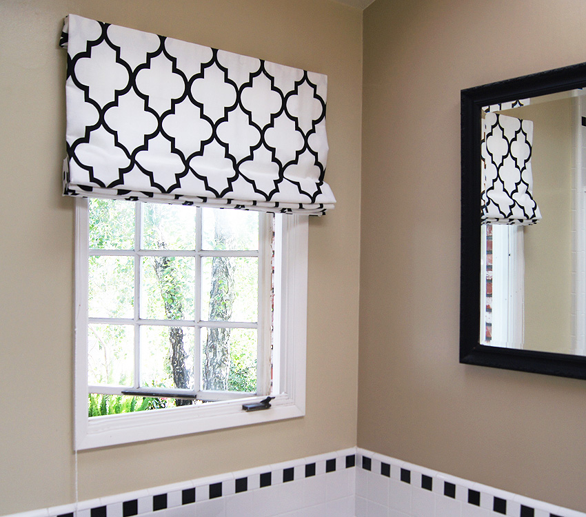 Contemporary Cotton Gate Black and White